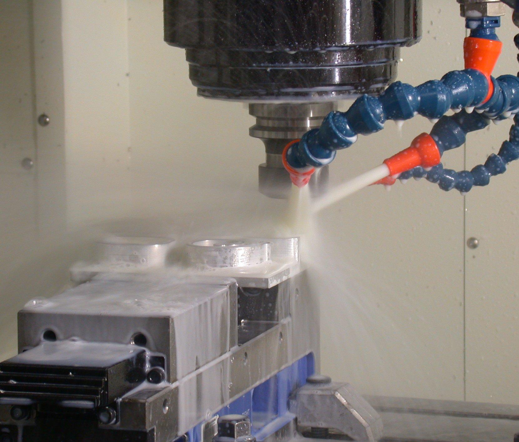 naprawa maszyn obsługiwanych przy pomocy cnc