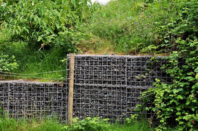 Mocne i słabe strony ogrodzenia z gabionów
