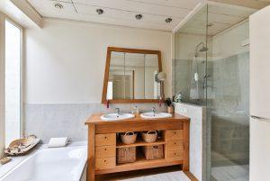 zestaw mebli łazienkowych z umywalką